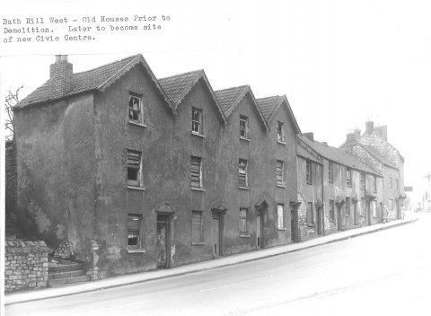 Bath Hill West, old houses