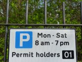 residents parking permit sign